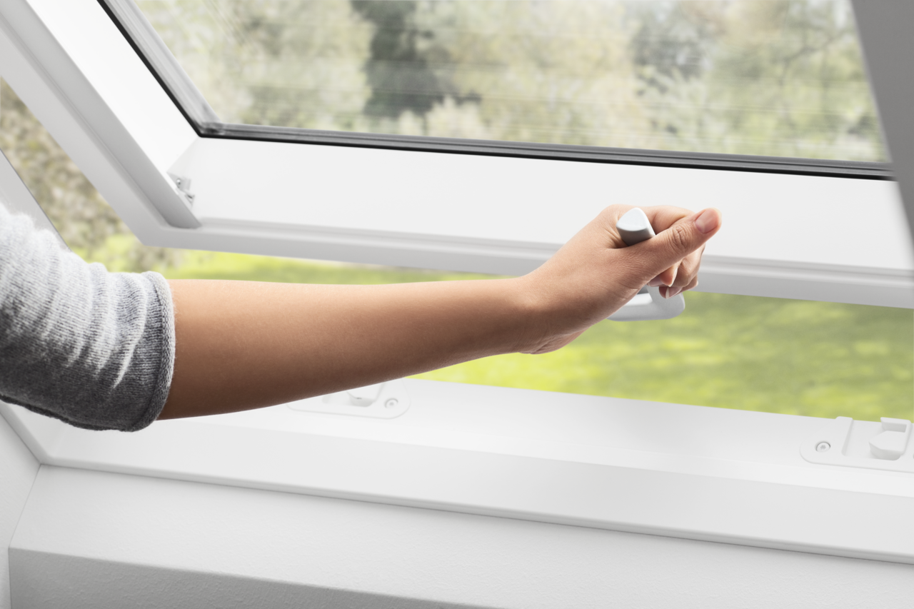 Velux White Polyurethane Top Hung Roof Window Gpu